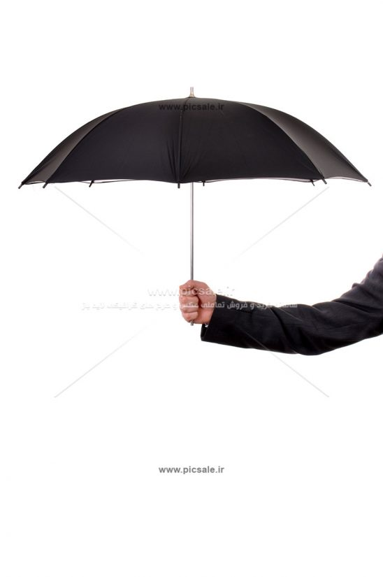00214 548x825 - چتر مشکی یا سیاه / نماد بیمه