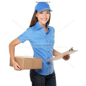 00391 280x280 - دختر انبار دار با بسته پستی و لبخند رضایت و چک لیست بار