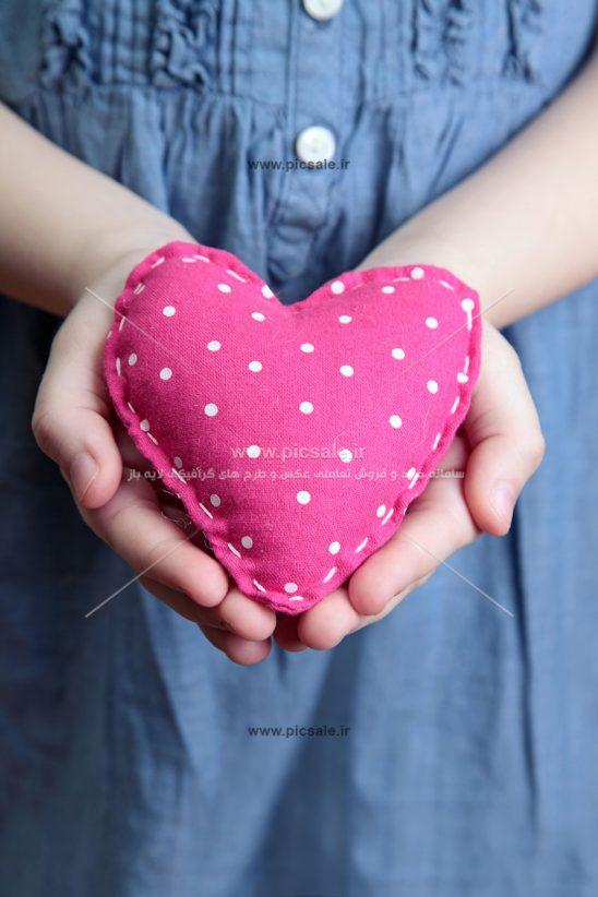 0010127 548x822 - قلب نمدی عاشقانه