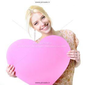 0010152 280x280 - قلب در دست خانم زیبا