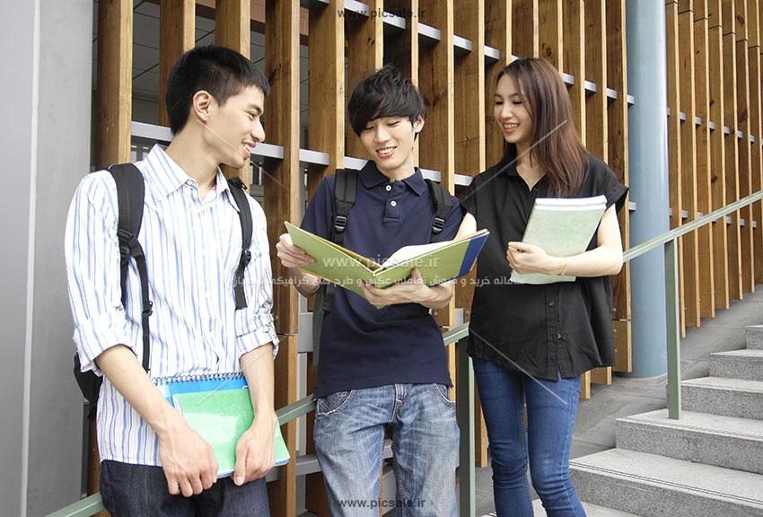 00372 - دانشجوی دختر و پسر / دانشگاه