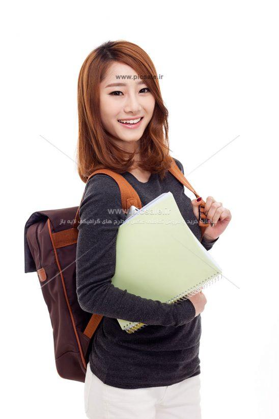00381 548x822 - دختر شاد و زیبای دانشجو / دانشگاه