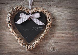00981 300x213 - قلب مشکی عاشقانه