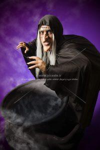 00514 200x300 - جادوگر با دیگ جادوگری