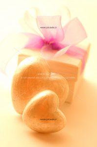 00877 198x300 - جعبه کادو و قلب های عاشقانه