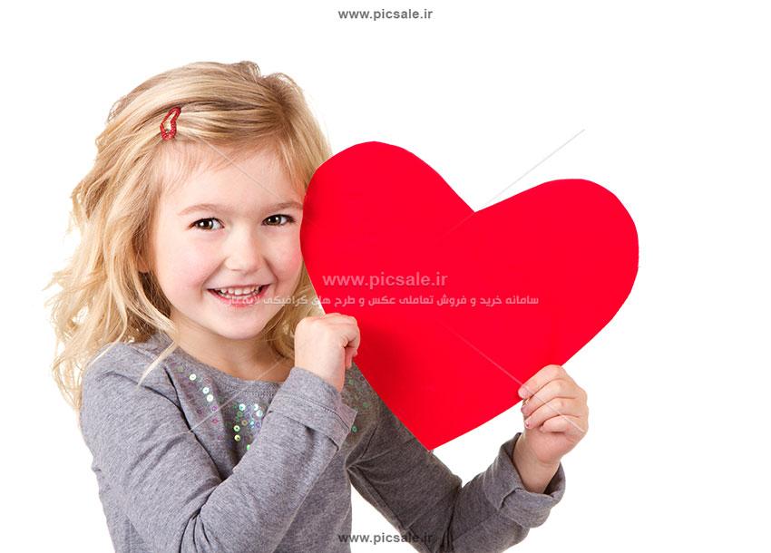 0010136 - دختر با قلب قرمز زیبا