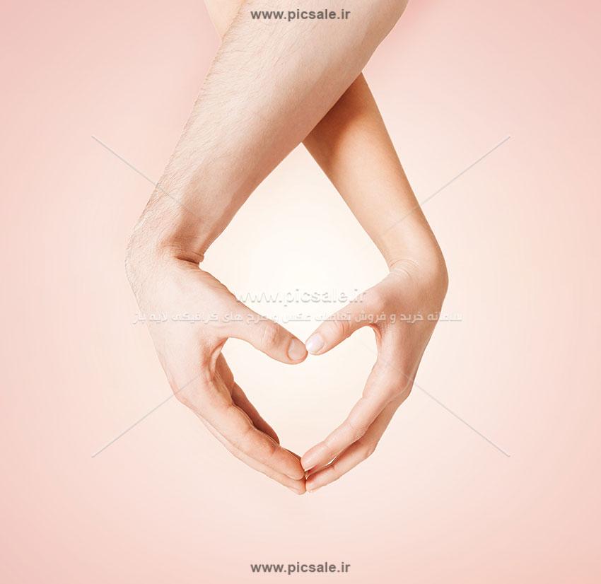 0010144 - قلب با دست