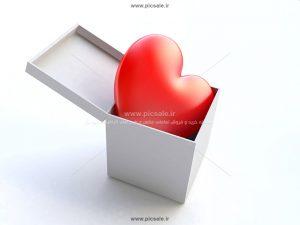 00885 300x225 - قلب قرمز عاشقانه داخل جعبه