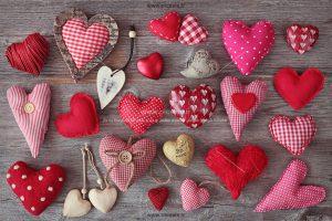 00977 300x200 - مجموعه ای از قلب های عاشقانه